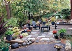 Awesome 57 Beautiful Landscaping Ideas for Small Backyard http://toparchitecture.net/2017/12/17/57-beautiful-landscaping-ideas-small-backyard/ #beautifullandscaping