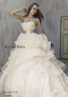 【HARDY AMIES】立体レースの王道Aライン/Mode Marie 本店のプリンセスライン/レンタルウエディングドレス「結婚準備室」