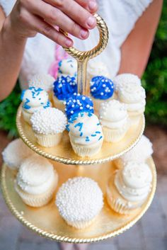 Bridal Shower Inspiration: Something Borrowed, Blue, Old and New – The Southern C - Modern Bridal Shower Drinks, Bridal Shower Party, Bridal Shower Invitations, Holiday Cupcakes, Cupcake Party, Blue Cupcakes, Bridesmaid Luncheon, Summer Bridal Showers, Bride And Groom Gifts
