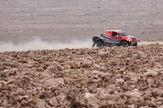 Encontre aqui algumas das imagens dos principais momentos da Equipa Toyota no duro Rali Dakar 2015.