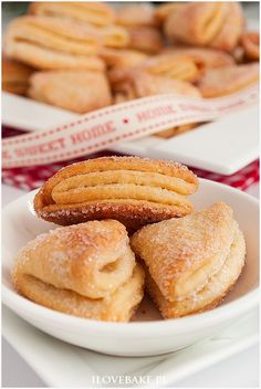 Kruche ciasteczka serowe Baking With Kids, Dessert Recipes, Desserts, Holiday Baking, Cake Cookies, French Toast, Bakery, Sweets, Cooking