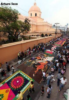 "Colorful sawdust ""carpets"" in Comayagua"
