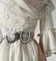 18th Century - Chemise de la Reine made fashionable by Marie Antoinette.