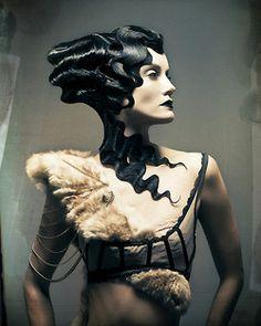 love the sculpted hair