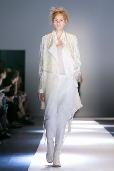 A look from the Ann Demeulemeester Spring 2015 RTW collection.