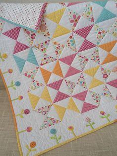 Quilts & Patchwork - Patchworkdecke, Mädchen Quilt - ein Designerstück von Aksiny bei DaWanda