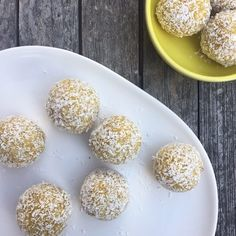 These Golden Turmeric Bliss Balls are so freakin delicious. And you get all the health benefits of turmeric with that flavour sensation, win win.