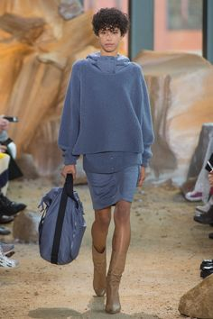 Lacoste Fall 2017 Ready-to-Wear Collection - Vogue Fashion 2017, New York Fashion, Fashion Show, Fashion Outfits, Fashion Trends, Lacoste, Autumn Winter Fashion, Spring Fashion, Fall Winter