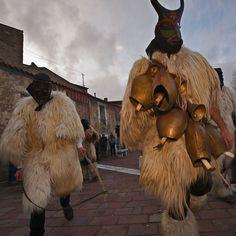 Fonni's Carnival : Boes e Merdules