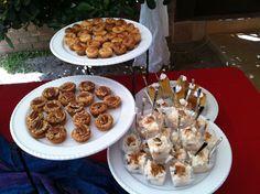Mesa de postres mexicanos  Mini pays de nuez  Arroz con leche   Mini pays de guayaba  Pastel petite tres leches