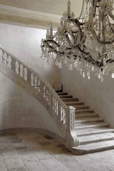 love the chandelier. stone staircase and chandelier at chateau de moissac, provence Haute Provence, Provence France, Interior And Exterior, Interior Design, Studio Interior, Interior Ideas, Interior Decorating, Stairway To Heaven, Abandoned Mansions