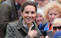 キャサリン妃、公務でシックなアウトドアファッションを披露! Cumbria, Dog Tags, Dog Tag Necklace, Royals, Fashion, Moda, Fashion Styles, Fashion Illustrations, Royalty