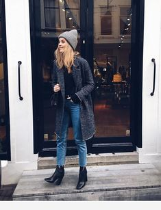 overall outfit casual Outfits Otoño, Casual Outfits, Fashion Outfits, Fashion Pics, Retro Fashion, Vintage Fashion, Estilo Fashion, Look Fashion, Fall Winter Outfits