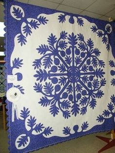 Hawaiian Quilt Patterns, Hawaiian Pattern, Hawaiian Quilts, Two Color Quilts, Blue Quilts, White Quilts, Applique Designs, Quilting Designs, Tree Quilt
