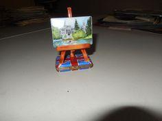AUTHENTIC LIMOGES BOX painting easel british union jack flag base 90/250 france