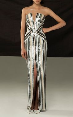 Nadire Atas on Resort Dressing Striped Sequin Fitted Gown by Rasario Resort 2019 Haute Couture Style, Couture Mode, Couture Fashion, Runway Fashion, High Fashion, Beautiful Gowns, Beautiful Outfits, Resort Dresses, Dress To Impress