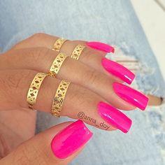 Pink nails! My fav!