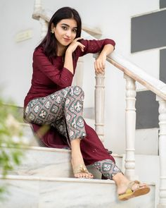 Maroon embroidered kurta with patola pants - set of two by The Weave Story Simple Kurta Designs, Stylish Dress Designs, Dress Neck Designs, Designs For Dresses, Stylish Dresses, Blouse Designs, Stylish Kurtis Design, Salwar Designs, Kurta Designs Women