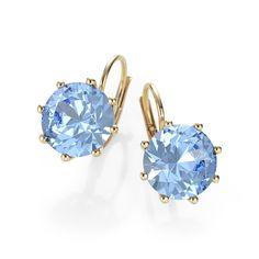 Afbeelding van http://images.21diamonds.nl/Juwelier/Fotos/jewelry/EA4019/size/800Wx800H/type/jpg/sparkle/false/perspective/front/quality/high/metals/geel%20goud/stones/Blauwe%20Topaas/Stacey-21Style.jpg.