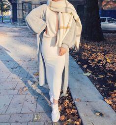 Modest Fashion Hijab, Modern Hijab Fashion, Muslim Women Fashion, Hijab Fashion Inspiration, Mode Inspiration, Look Fashion, 50 Fashion, Spring Fashion, Latest Fashion