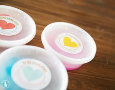 valentines sparkle slime {and a free printable} - the handmade home
