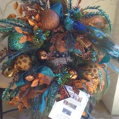 Come fly with some Peacock color !  www.app.showmedecorating.com