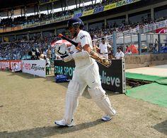 Sachin Tendulkar's 200th Test - Sachin Tendulkar walks out to bat as Murali Vijay falls http://ndtv.in/1ic87mh