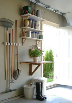 28 Brilliant Garage Organization Ideas | Separate Garden Station