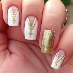 Gold and white rosary nailart nail art designs french unghie Fabulous Nails, Gorgeous Nails, Pretty Nails, Cute Nail Art, Beautiful Nail Art, Gold Nails, White Nails, Gold Glitter, French Nails