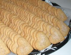 Sweet Pastries, Bread, Cheese, Cookies, Baking, Recipes, Food, Bread Making, Biscuits