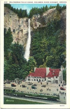 1920s Multnomah Falls Lodge Postcard - Columbia River Gorge, Oregon.