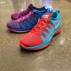 womens nike flyknit lunar 2 red gold