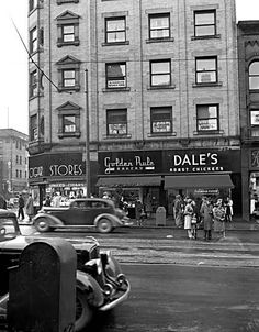 United Cigar Stores, Golden Rule Bakery, and Dale's Roast Chicken on Granville Street. So strange. When's the last time you saw a Roast Chicken Store, or such a nice classy Cigar store? Usually (by law) they are papered over so young people are not enticed by the glamour of tobacco. Old Pictures, Old Photos, Places To Travel, Places To Visit, Granville Street, Chicken Store, Roast Chicken, History Facts, Back In The Day
