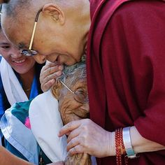 HHDL comforts an elderly woman on the final day of his visit to Leh, Ladakh, J&K, India on August 24, 2016. Photo by Tenzin Choejor #dalailama