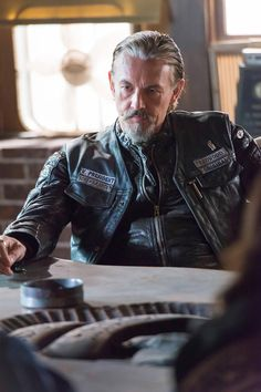 You fangurls can have Jax - GIMME CHIBS!! Tommy Flanagan SONS OF ANARCHY SAMCRO Season 6