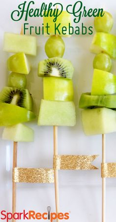 Healthy Green Fruit Kabobs. Cute #snack idea for kids on #StPaddysDay! | via @SparkPeople #food #kids #kidfood #fruit #healthyeating
