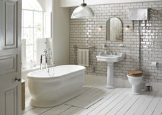 With its elegant proportions and softly scultped lines, New Victoria fits perfectly into both modern and period homes. Priced from £4,168. www.heritagebathrooms.com