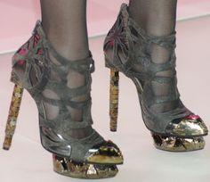 nicholas-kirkwood-for-rodarte-heels-katy-perry