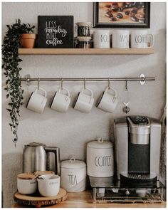 Coffee Bar Station, Coffee Station Kitchen, Coffee Bars In Kitchen, Tea Station, Coffee Bar Home, Home Coffee Stations, Coffee Bar Ideas, Coffee Kitchen Decor, Coffee Counter