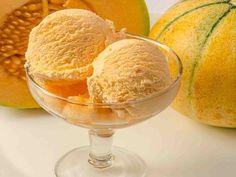 Cunoscut şi cultivat încă din vremea Imperiului Roman, pepenele galben este fructul cu cel mai mare conţinut de vitamina A.