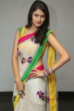 Kushi in saree photos at Ala Ela Audio release function Simple Sarees, Trendy Sarees, Stylish Sarees, Fancy Sarees, Moda Indiana, Saree Trends, Saree Photoshoot, Saree Models, Saree Look