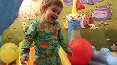 The Ball Pit Show / Baby Nursery Rhymes Song - YouTube