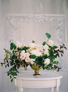 Romantic, neutral colour palette. by /stonehousewed/
