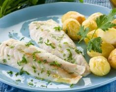 Easy Fish Recipes, Clean Recipes, Healthy Recipes, How To Cook Fish, Food Reviews, Vegan Foods, Cooking Light, Fodmap, Fresh Rolls