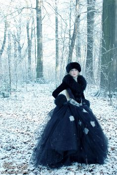 Gothic Snow. Like the look of this. I just hope the fur is fake, vintage, or a by product (the animal was not killed for the fur).