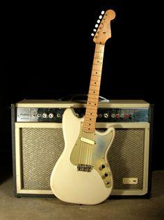 Classic Fender guitar and amp Fender Bass Guitar, Fender Electric Guitar, Guitar Rig, Fender Guitars, Music Guitar, Cool Guitar, Acoustic Guitar, Unique Guitars, Cheap Guitars
