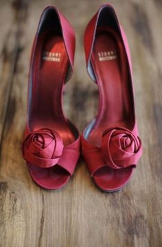 Pantone Color of the Year for 2015: Marsala - www.theperfectpalette.com #pantone