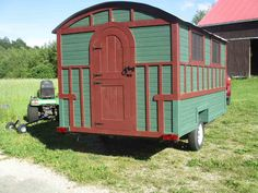 Daphne's Caravans: Magical Gypsy Caravans, guest spaces or retreats Tiny Camper Trailer, Camping Trailer Diy, Camping Glamping, Homemade Camper, Diy Camper, Gypsy Wagon, Gypsy Caravan, Painting Bathtub, Bathtub Remodel