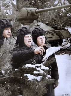 Soviet T-34 Tank Crew | Original Black and White photo can b… | Flickr - Photo Sharing!