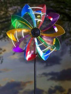 Cata-vento iluminado
